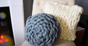 How To Knit Chunky Yarn Pouf Pillows