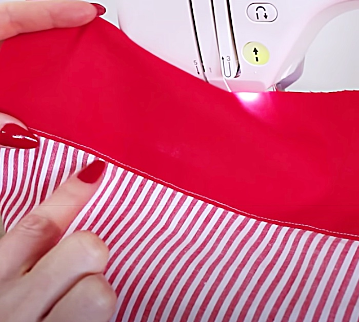 Sew The Lining Of Your Garment With An Understitching
