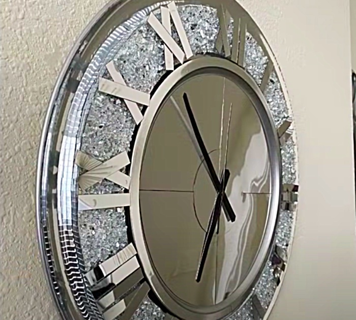 Use Crushed Craft mirrors To Make An Oversized Wall Clock