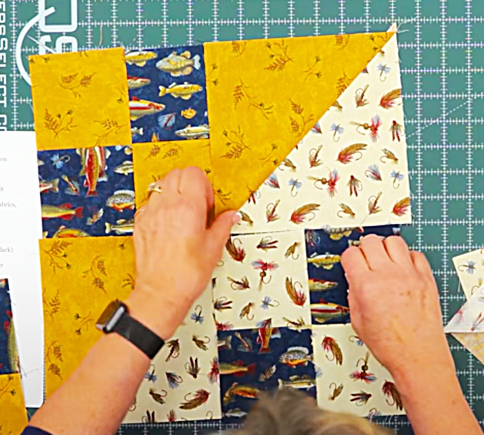 Make A Small Sporty Quilt - Quilt With Jenny Doan - How To Make a Quilt Block