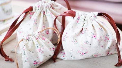 Beginners Sewing: DIY Drawstring Pouches | DIY Joy Projects and Crafts Ideas