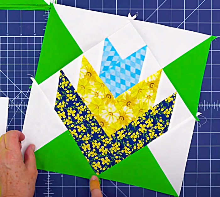 Use A Jelly Roll To Make A Mountain Lily Quilt With Jenny Doan