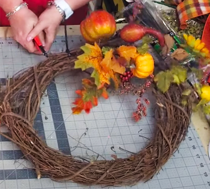 How To Make Fall Wreath - Southern Charm Wreaths