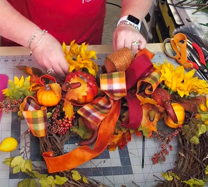 Use Zip Ties To Strap Sprays Onto Wreath - Easy Fall Wreath Tutorials