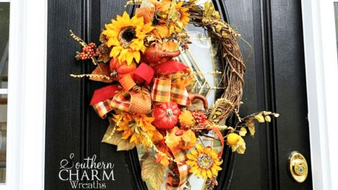 6-Minute DIY Fall Wreath | DIY Joy Projects and Crafts Ideas