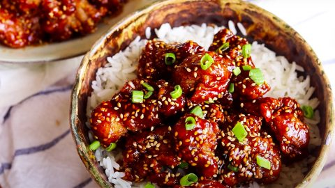 Better Than Take Out Sesame Chicken | DIY Joy Projects and Crafts Ideas