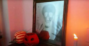 How To Make A Halloween Mirror From A Picture Frame