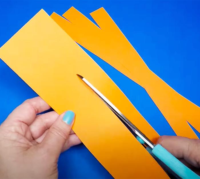 Use Construction PaperTo Make Pumpkin - Construction Paper Crafts