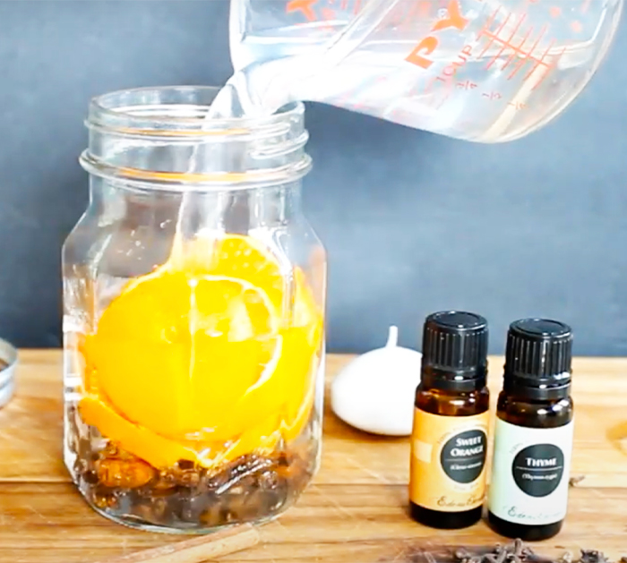 Use Essential Oils To Make Fall Scented Candles - DIY Candles