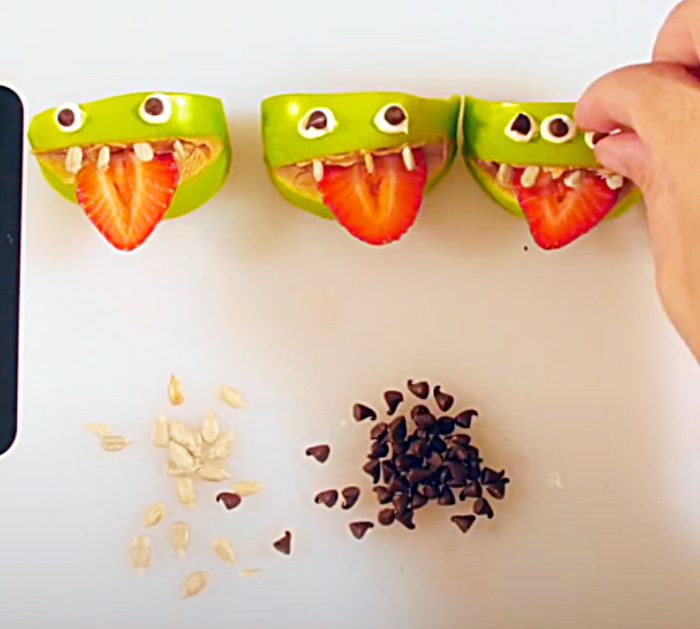 Candy Apple Snack - Healthy Halloween Snack - Party Favors For Halloween