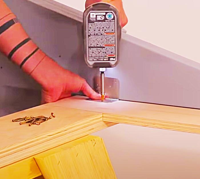 DIY Bed Ideas - Bedroom Decor - How To Make a Platform Bed