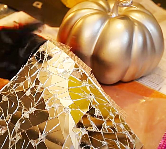 DIY Mosaic - Mirrored Pumpkin Project - Easy DIY