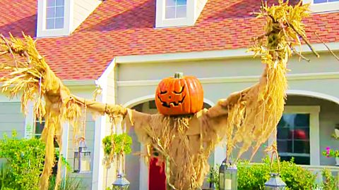 How To Make A Pumpkin Scarecrow With PVC Pipe   DIY Joy Projects and Crafts Ideas