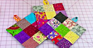 How To Make A 10-Minute Potholder