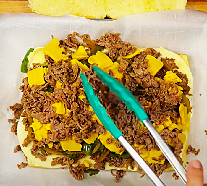 Feeding A Large Group Ideas - Philly Cheese Steak Recipe - Quick Snack Ideas