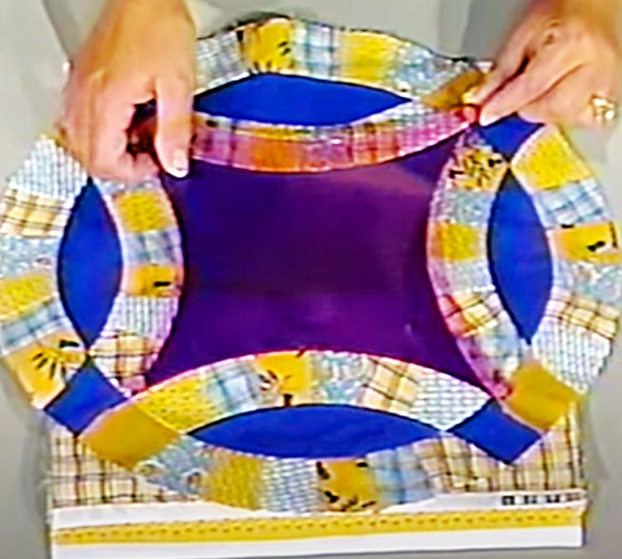 Easy Quilting Ideas - DIY Quilt - Homemade Antique Style Quilt