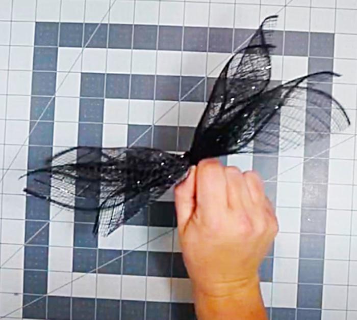 DIY Halloween Wreath -