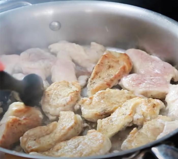 How To Make Chicken And Mushroom Casserole - Homemade Chicken Dinners