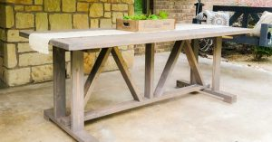$60 DIY Outdoor Dining Table