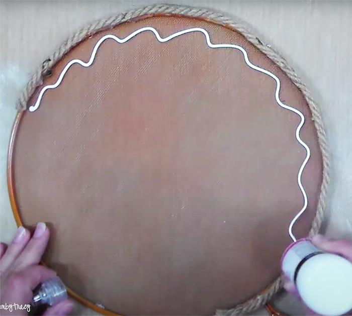 Use Screens to Make Rustic Pumpkin - Cheap Crafts - Easy Pumpkin Decor