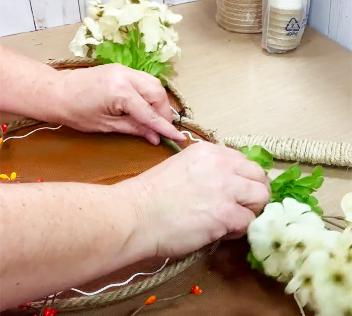 How To Make Splatter Screen Pumpkin - Fall Dollar Tree - Country Crafts