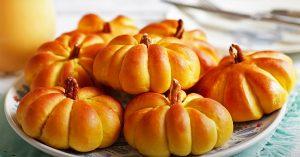 How To Make Pumpkin Dinner Rolls
