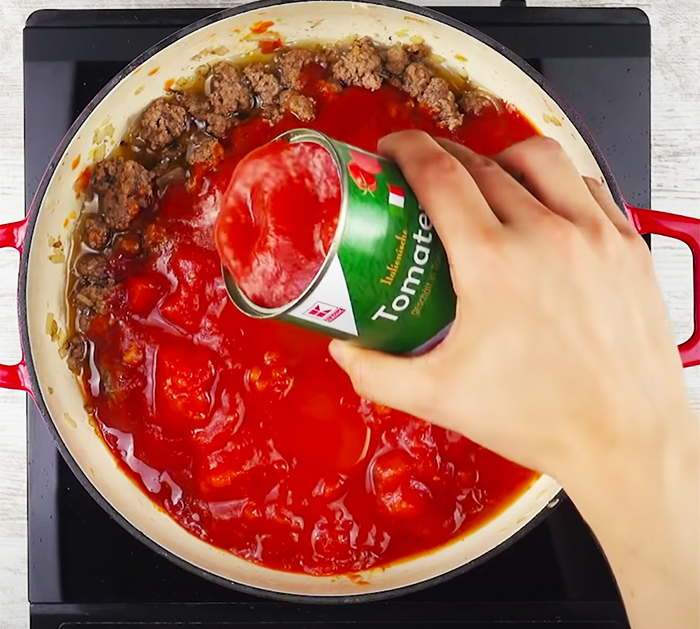 Use Canned Tomatoes To Make Lasagna - Simple Recipes - Easy Dinner Recipes