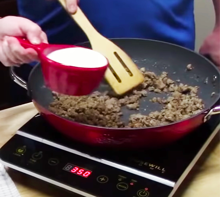 Make Sausage Gravy To Make Breakfast Casserole - Sausage Gravy Recipes