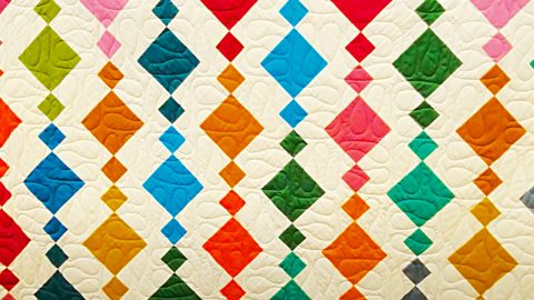 Donna Jordan's Beads Quilt With Free Pattern | DIY Joy Projects and Crafts Ideas