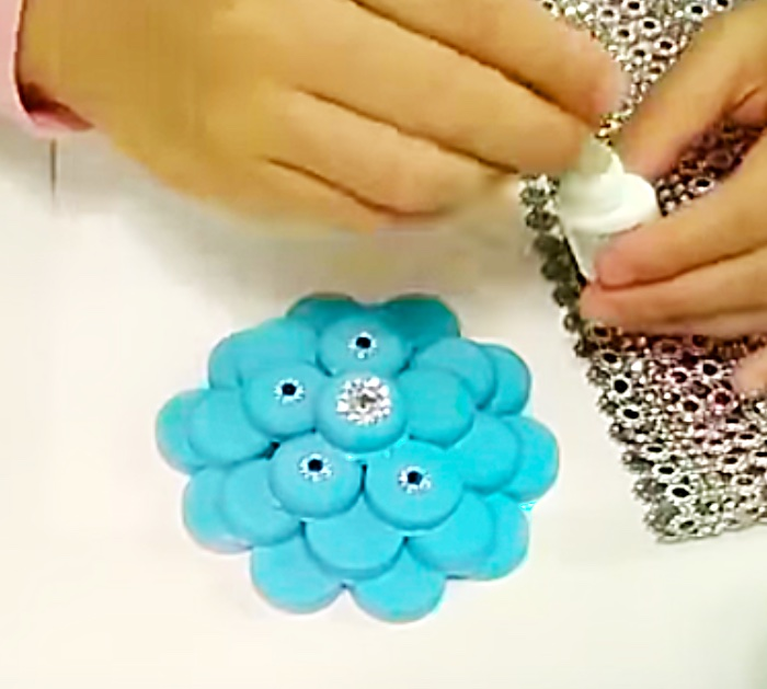How To make Bottle Cap Flowers - Recycled Diy Ideas - DIY Flowers