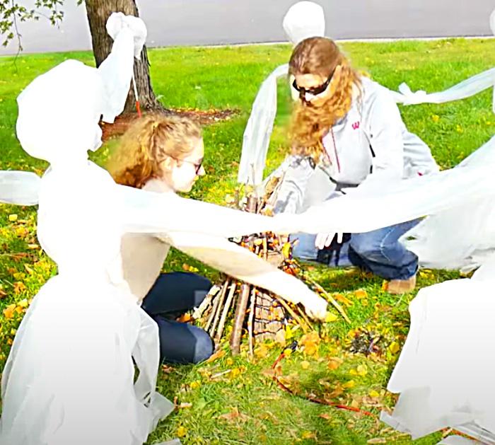 DIY Faux Campfire - Dollar tree Halloween Decor - Walmart Halloween DIY