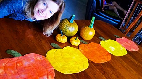 How To Make A Quilted Pumpkin Table Runner | DIY Joy Projects and Crafts Ideas