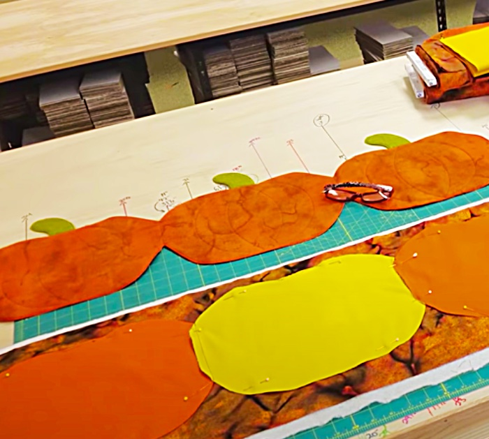 Easy Table Runner Ideas - Fall Decor Ideas - Easy Quilting Project