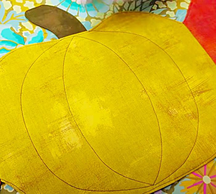 Pumpkin Quilt Idea - DIY Table Runner - Easy Fall Decor Ideas