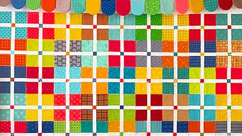 Sew Your Stash Quilt With Lori Holt | DIY Joy Projects and Crafts Ideas