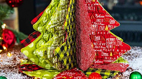 How To Make A Tabletop Quilted Tannenbaum | DIY Joy Projects and Crafts Ideas