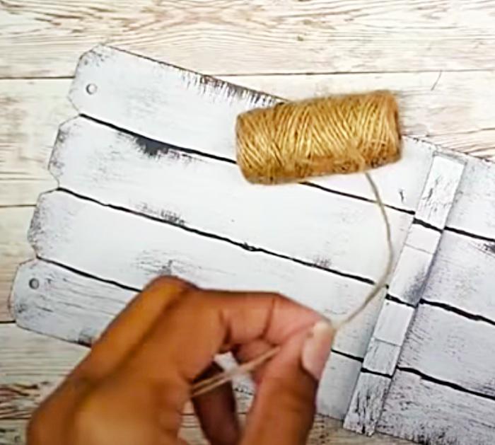 Dollar Tree DIY - How To Make A Wall Hanging - Dollar Tree DIY