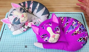 DIY Patchwork Cat With A Free Pattern