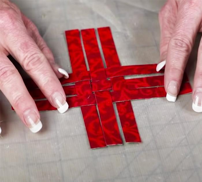 Use Fabric Squares To Make Star Ornament - Easy Christmas Decor Ideas