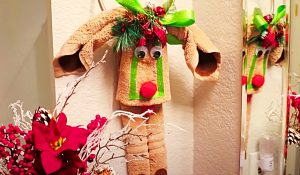 How To Make A Reindeer Towel Decoration