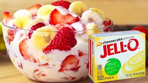 Strawberry Banana Cheesecake Salad Recipe | DIY Joy Projects and Crafts Ideas