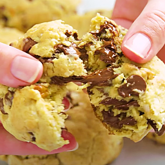 Easy Baking Ideas - How To Bake Cookies - Oatmeal Chocolate Chip Cookies Recipe