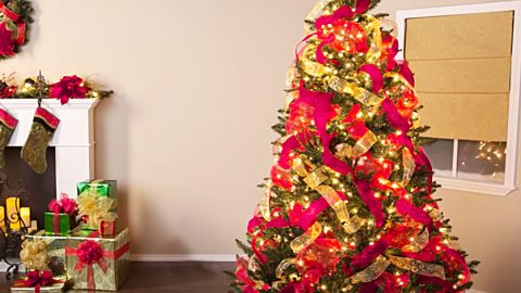 How To Decorate A Christmas Tree With Ribbon | DIY Joy Projects and Crafts Ideas