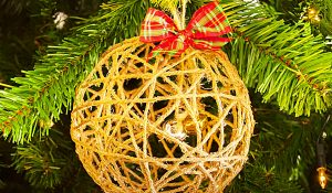 How To Make A Farmhouse Twine Christmas Ornament