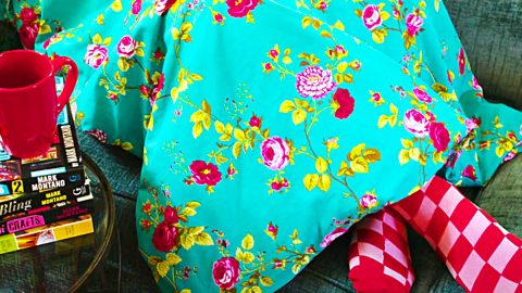 How To Make A No-Sew Weighted Blanket | DIY Joy Projects and Crafts Ideas