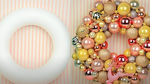 DIY Christmas Ball Wreath | DIY Joy Projects and Crafts Ideas