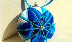 No-Sew Blue Star Ornament