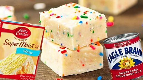 Easy Cake Batter Fudge Recipe | DIY Joy Projects and Crafts Ideas