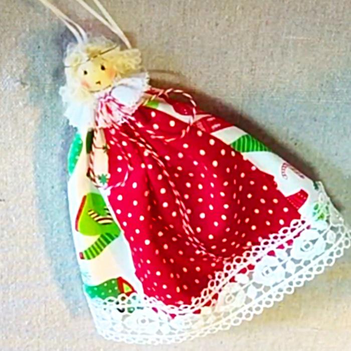 DIY Fabric Angel - DIY Christmas Decor - JoAnn's Fabrics Project Ideas