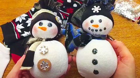Dollar Tree DIY Scented Sock Snowman   DIY Joy Projects and Crafts Ideas